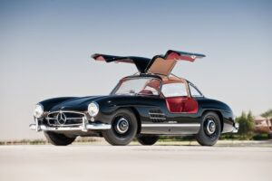 blog post with a picture of a 1957 Mercedes 300SL Gullwing